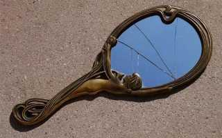 Приметы о трещинах на зеркалах