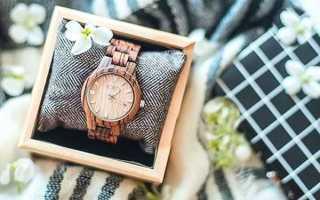 Почему часы в подарок мужчине, женщине на день рождения – плохая примета