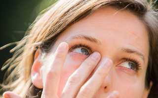 Примета: к чему чешется правый глаз