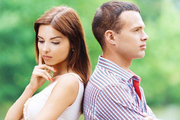 Горят щеки примета для девушки и мужчины